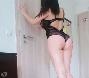 Marie-albertine privat sex escort Weener