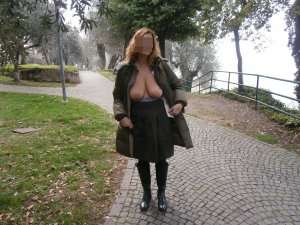Dominika fame erotische massage in Georgenthal